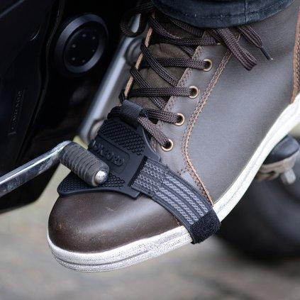 navlék pro ochranu boty v místě řadičky, OXFORD - Anglie