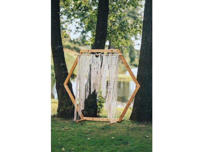 Brána - šestiúhelník