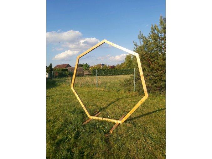 Slavobrána - sedmiúhelník