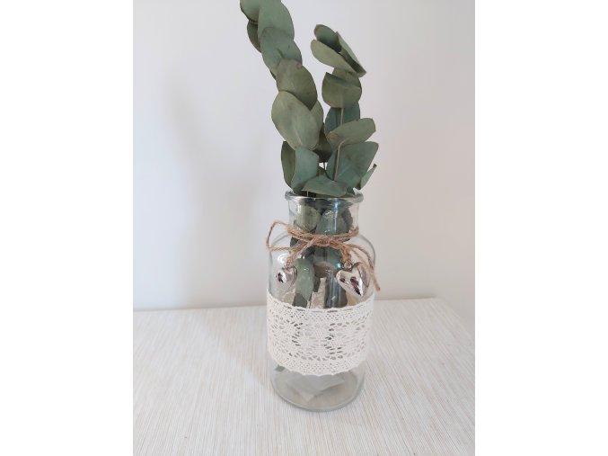 Váza s krajkou