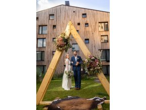 Brána - triangl