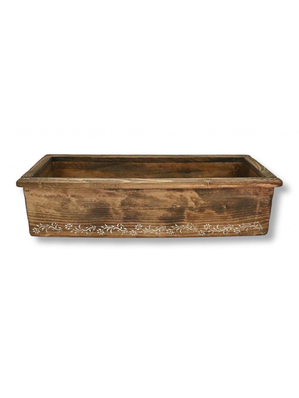 Drevená maľovaná debnička alebo kvetináčreceived 440787510261069 copy 625x468