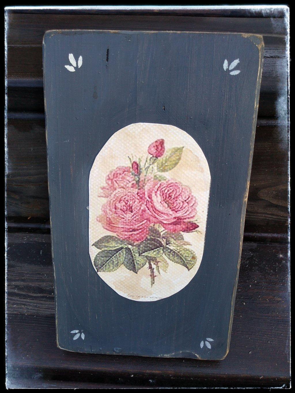 Obrázok z dreva sivý s ružou