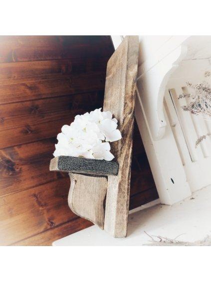 Držiak s drevenou konzolou