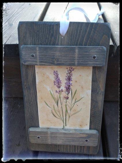 Drevený kvetinový obrázok s levanduľou  Drevený kvetinový obrázok s levanduľou