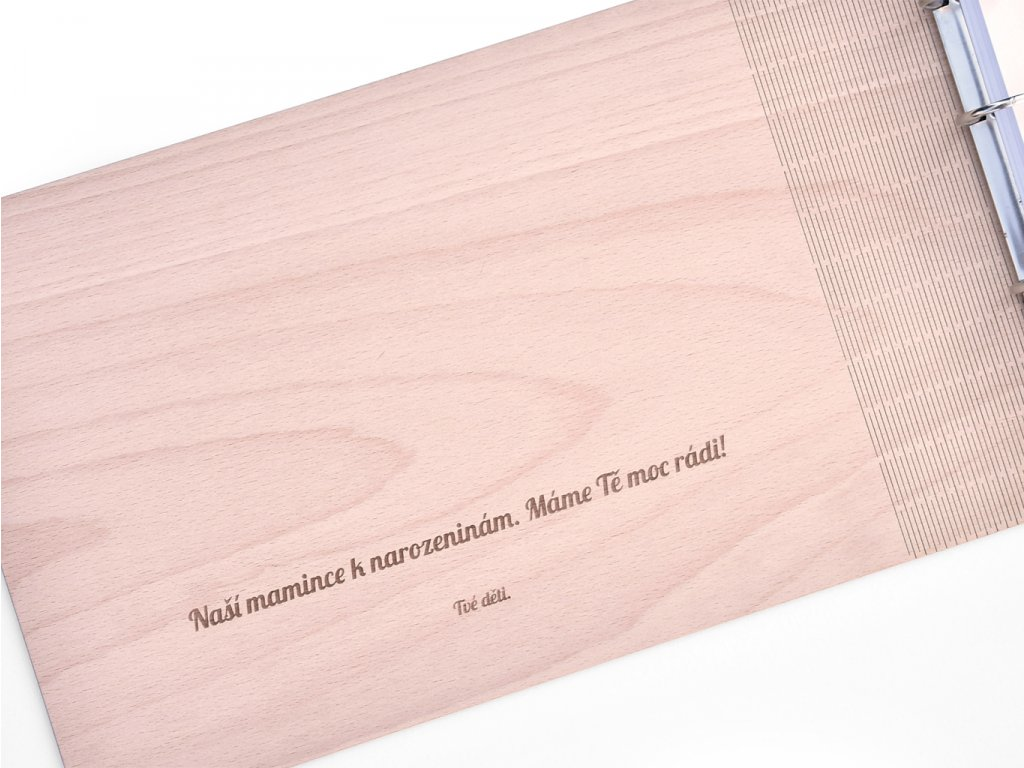 Wooden Moment - dřevěné fotoalbum s věnováním, důležitým datem nebo citátem
