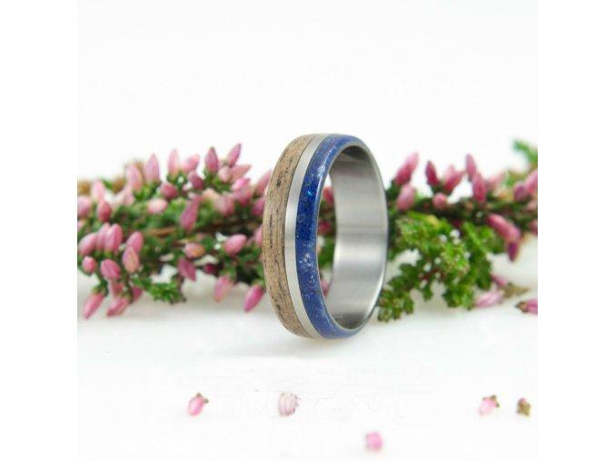 Prsten z tří materiálů