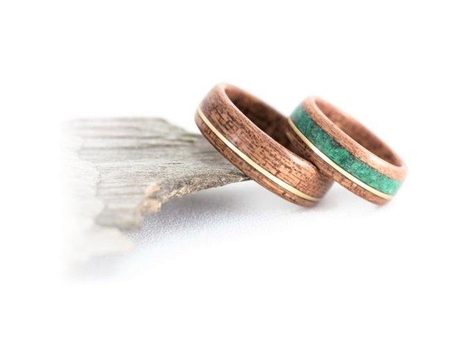 Dřevěné snubní prstýnky