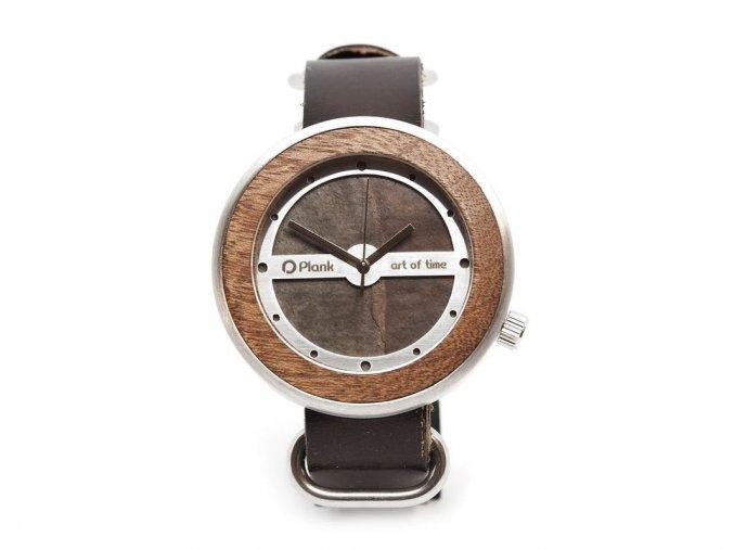 Netradiční dřevěné hodinky
