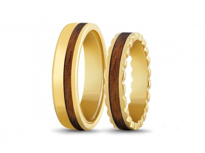 Zlaté prsteny se dřevem