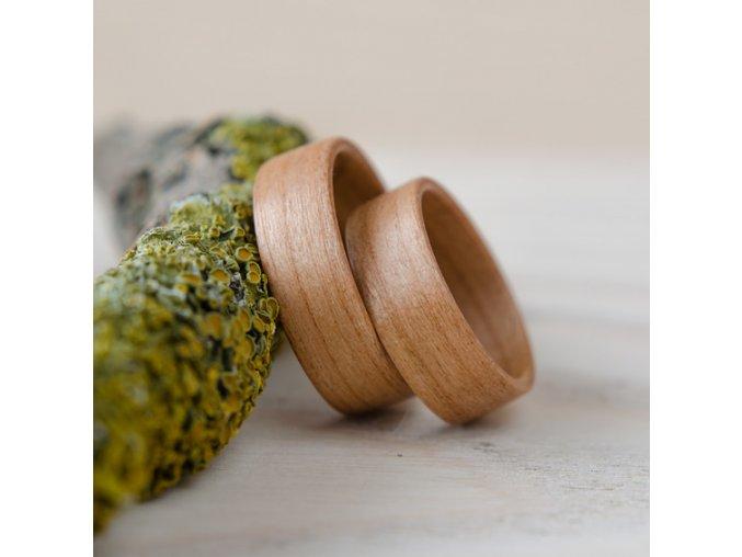 Přírodní snubní prsteny