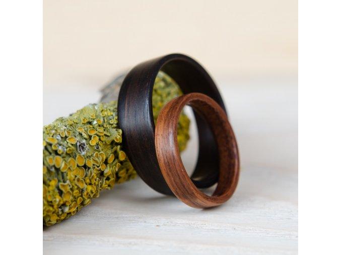 Prstýnky z ebenu a palisandru