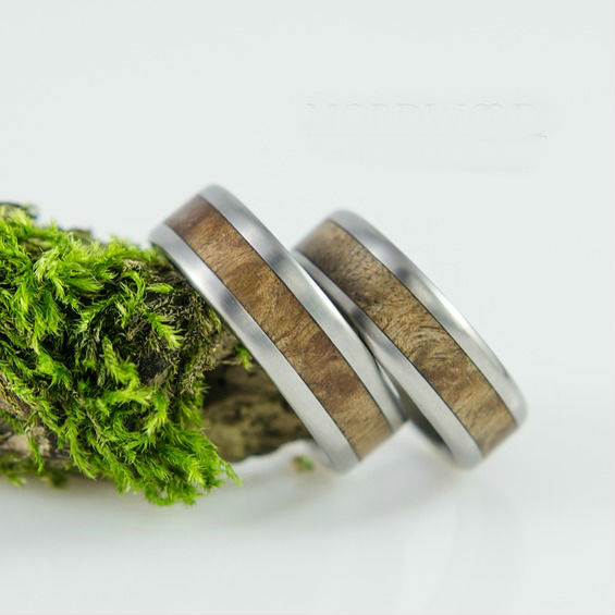 Nordwood Rings Snubní prstýnky TITANIUM & VAVONA WOOD TT10