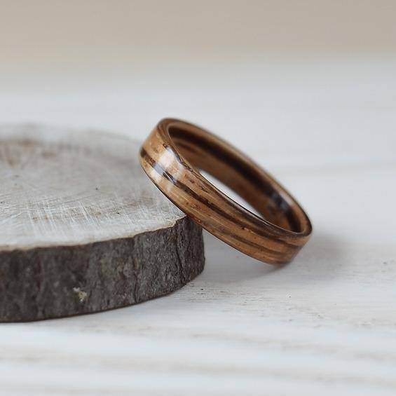 Nordwood Rings Dřevěný prstýnek ZEBRANO NWR244816