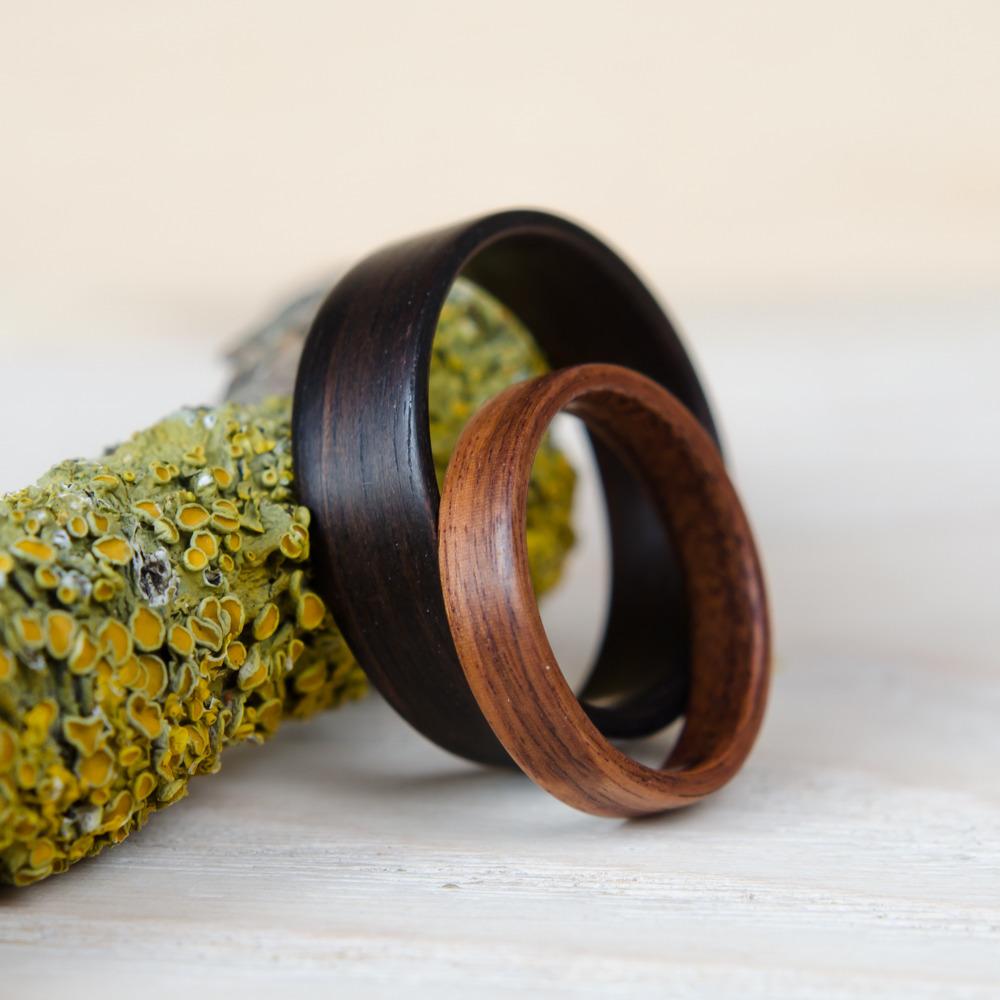 Nordwood Rings Snubní prstýnky EBONY & ROSEWOOD NWR270642 Gravírování: ANO