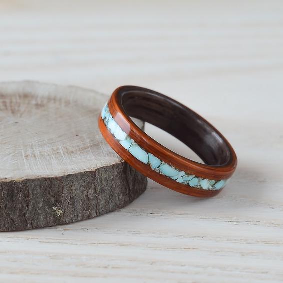 Nordwood Rings Dřevěný prstýnek RED PADOUK & DARK WALNUT & TURQUOISE NWR270653