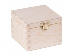 dřevěná krabička hranatá
