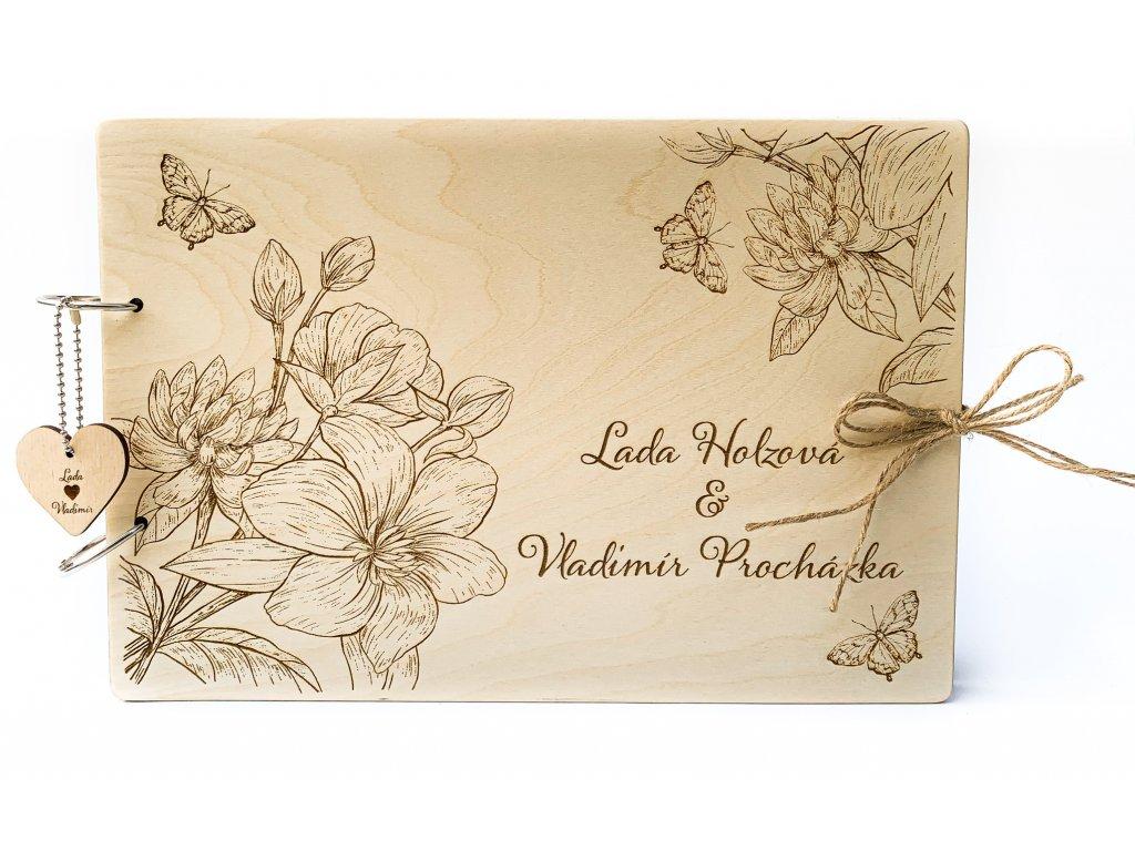 Dřevěná svatební kniha hostů Motýl