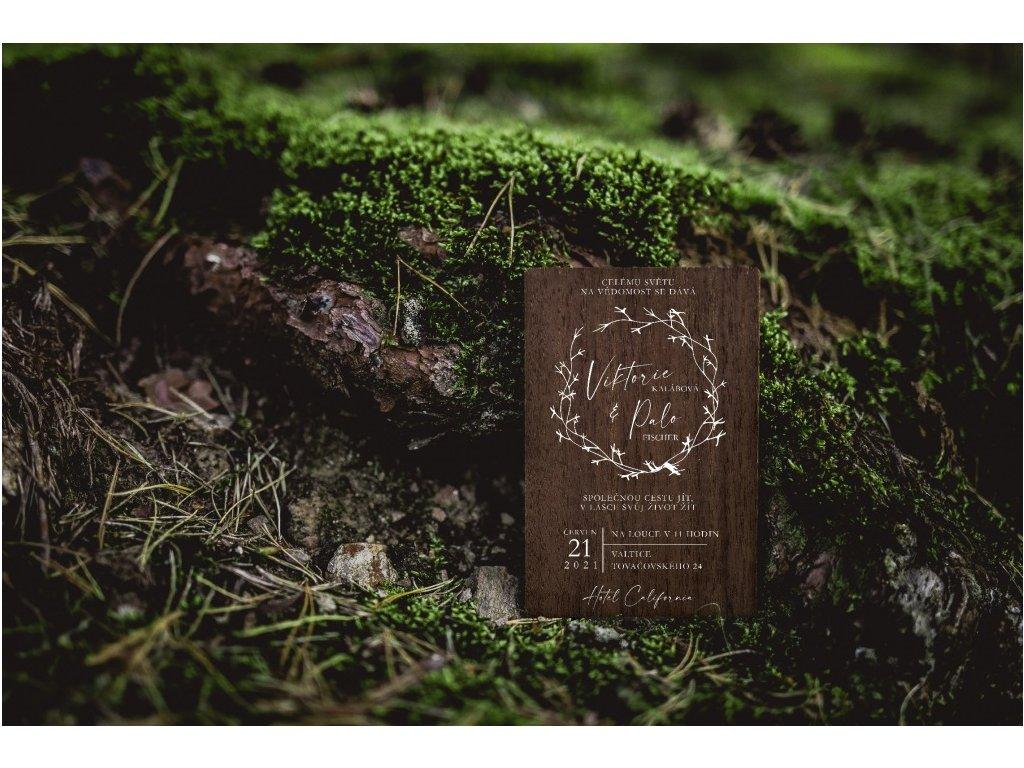 Dřevěné svatební oznámení KRUH