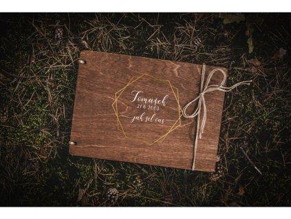 Dřevěné fotoalbum Rodina
