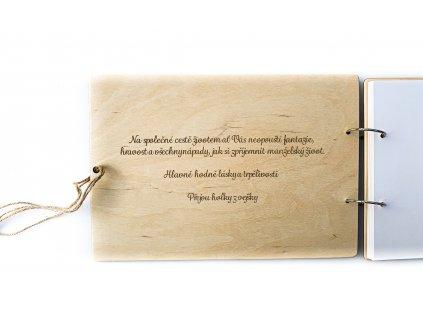 Dřevěná svatební kniha hostů BOHO