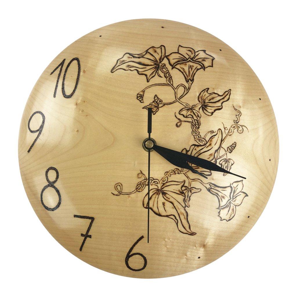 nástěnné hodiny 5