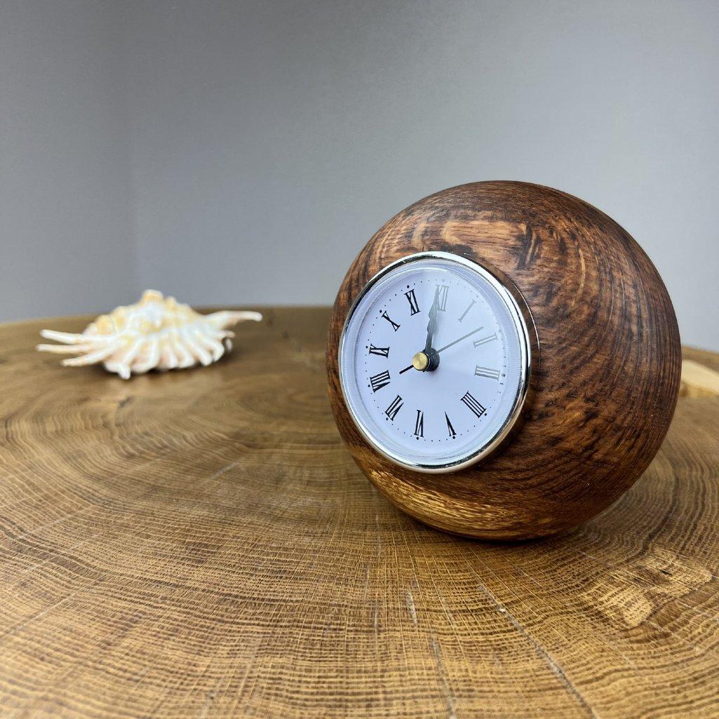 Dřevěné stolní hodiny Jenna