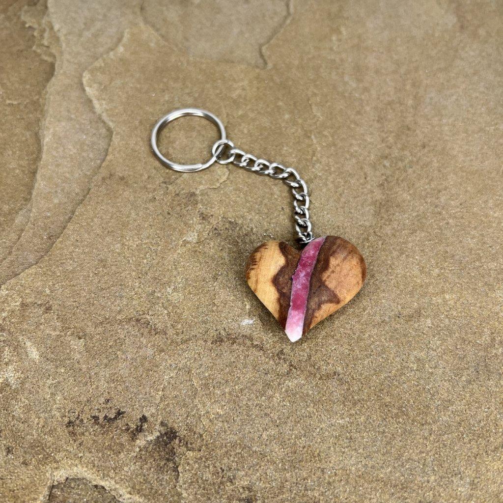 Dřevěná klíčenka Carla