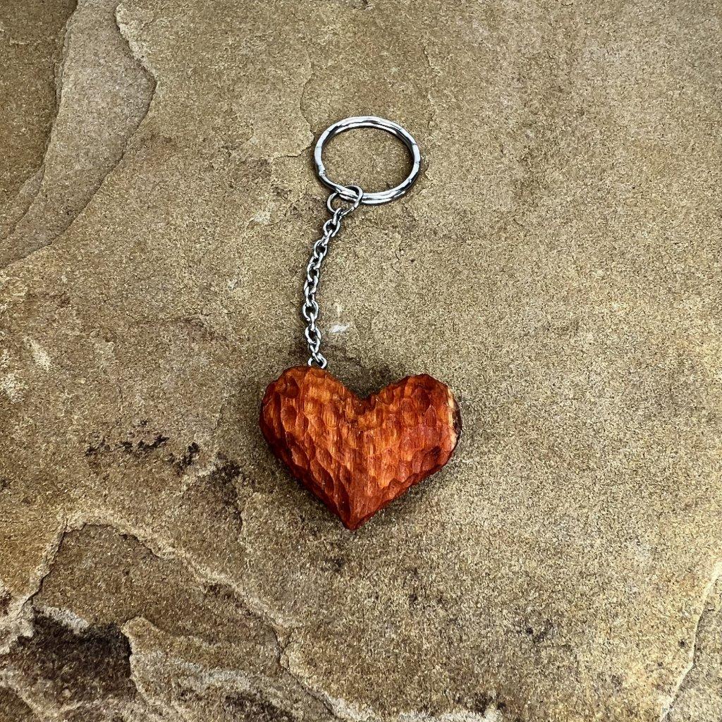 Dřevěná klíčenka Leyla