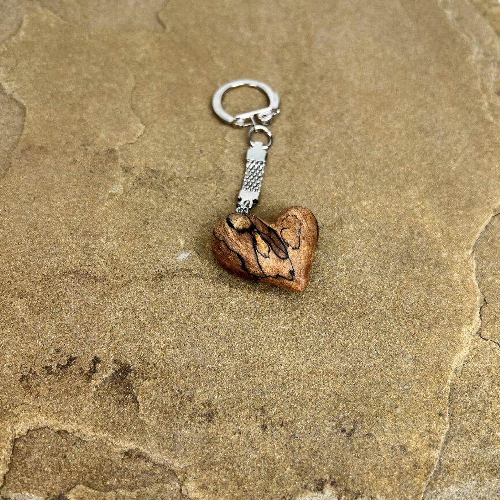 Dřevěná klíčenka Tammy