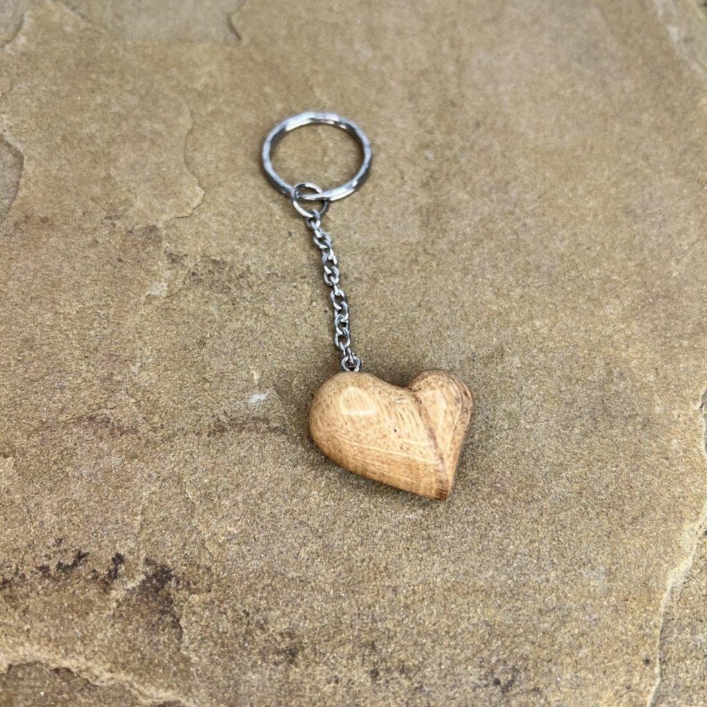 Dřevěná klíčenka Vico