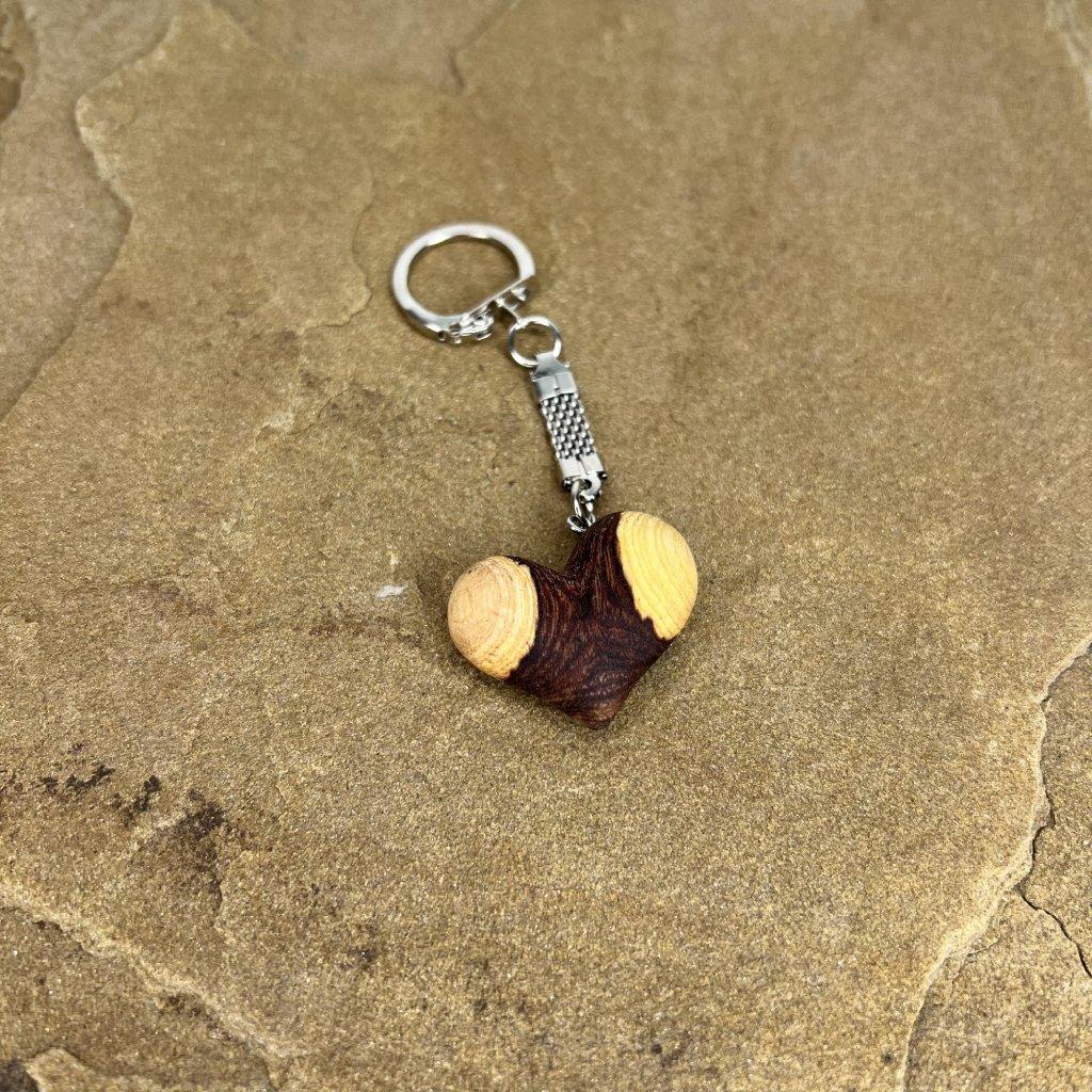 Dřevěná klíčenka Claire