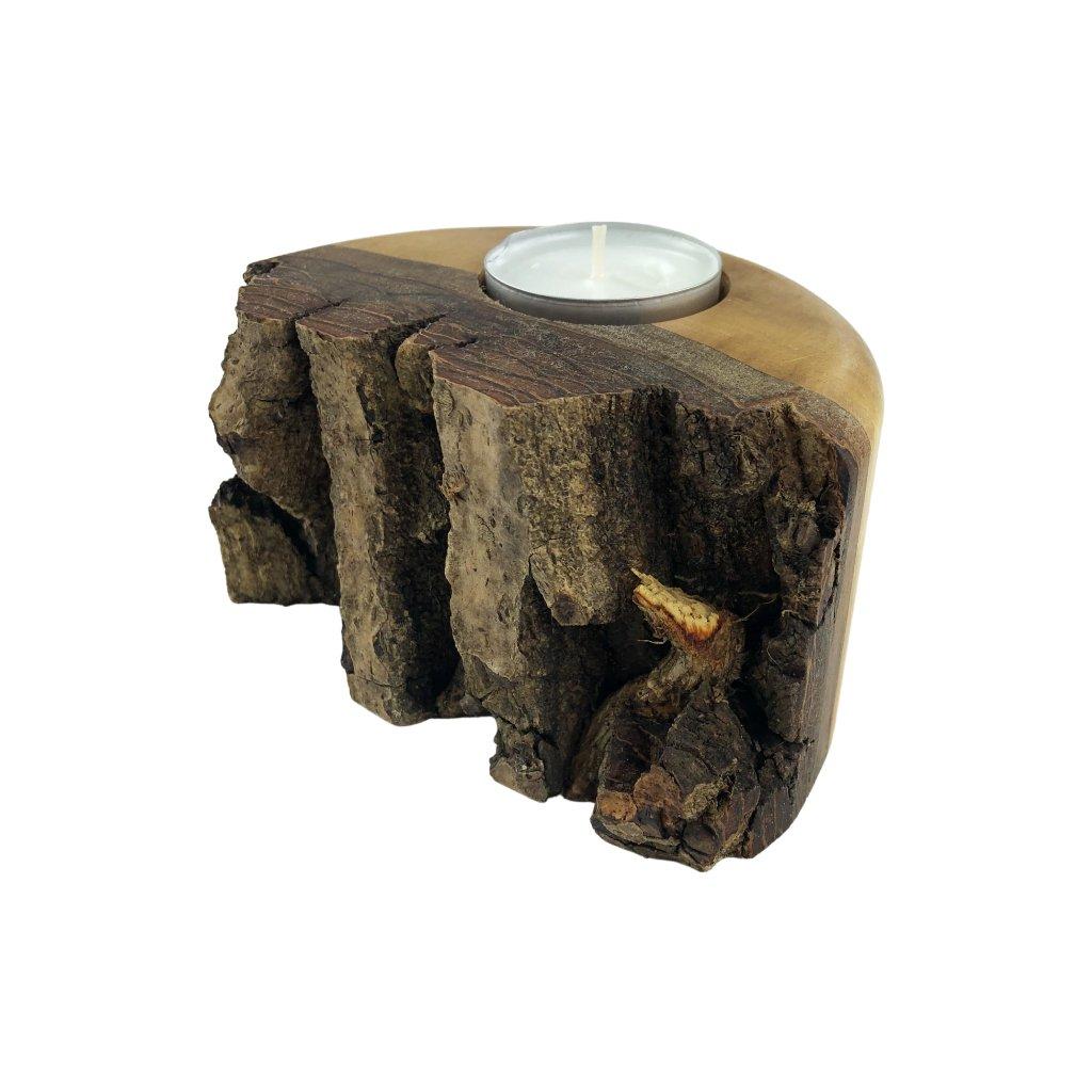 Dřevěný svícen Vikola