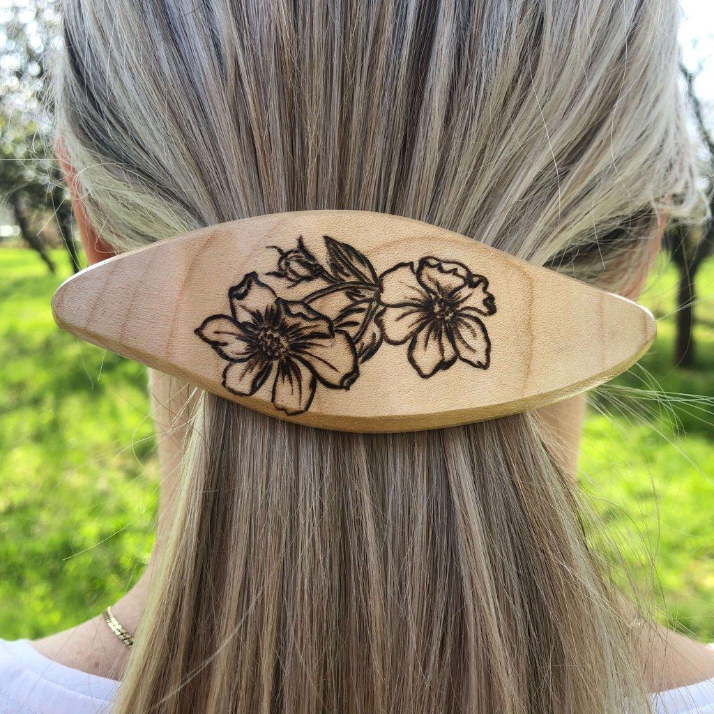 Dřevěná spona do vlasů len vytrvalý