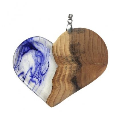 Dřevěný přívěšek na krk Victoria