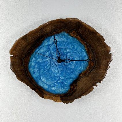 Dřevěné nástěnné hodiny Tiffany