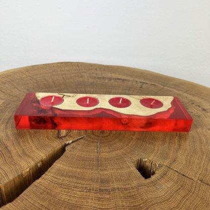 Dřevěný svícen Cones