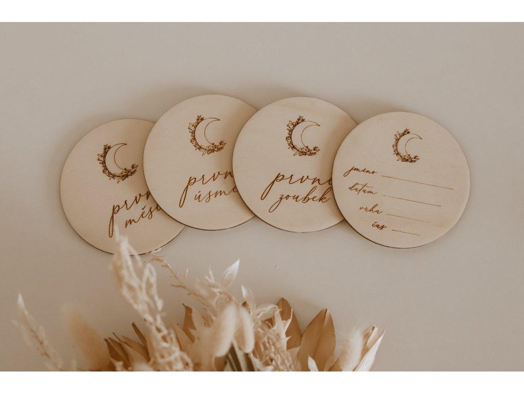 Dřevěné milníky - sada Moon