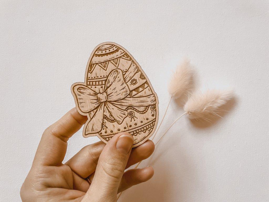 Dřevěné velikonoční vajíčko s gravírováním