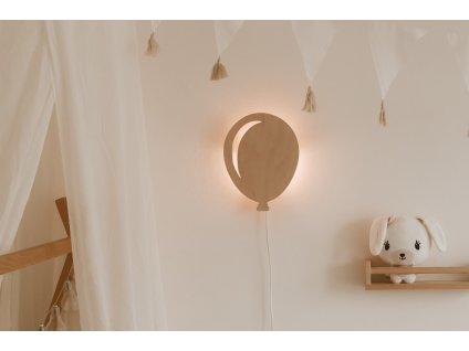 Dřevěná nástěnná lampička - Balónek