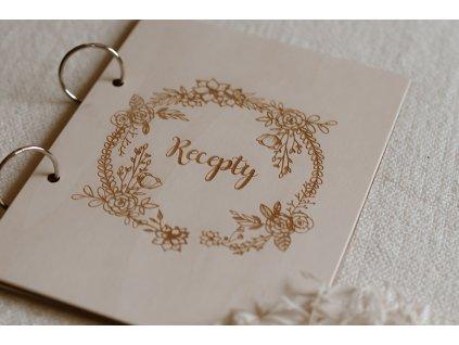 """Dřevěná kniha """"Recepty"""" A5"""