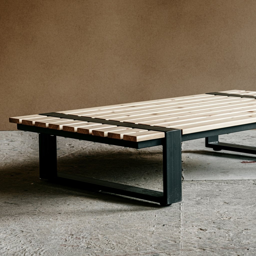 Wooders RESA Chill Out Desk 01