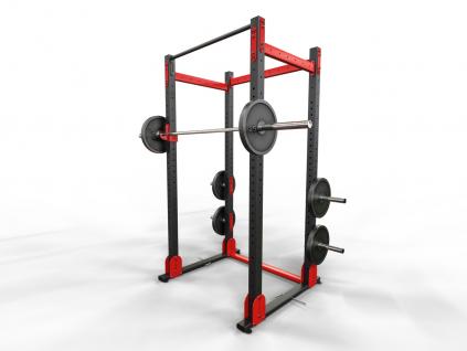 Silová klec s hrazdou a držákem činky v jednom WOCLUB POWER RACK FULL s doplňky na funkční trénink s vlastní vahou i silový trénink s olympijskou osou.