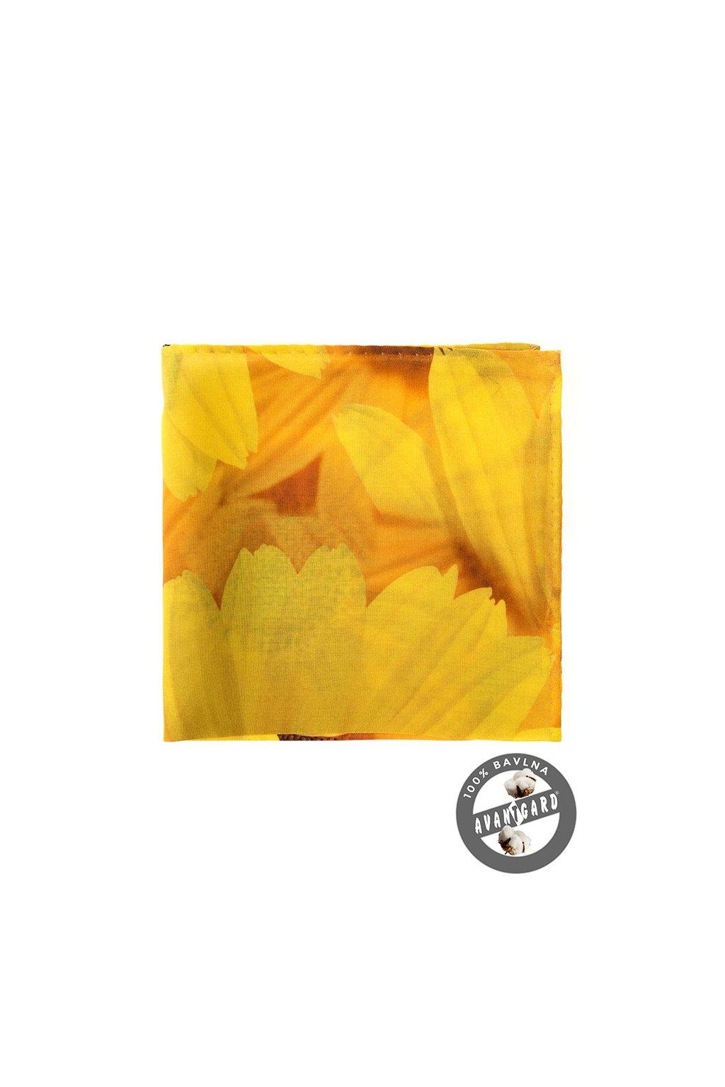 Žlutý kapesníček s květinami