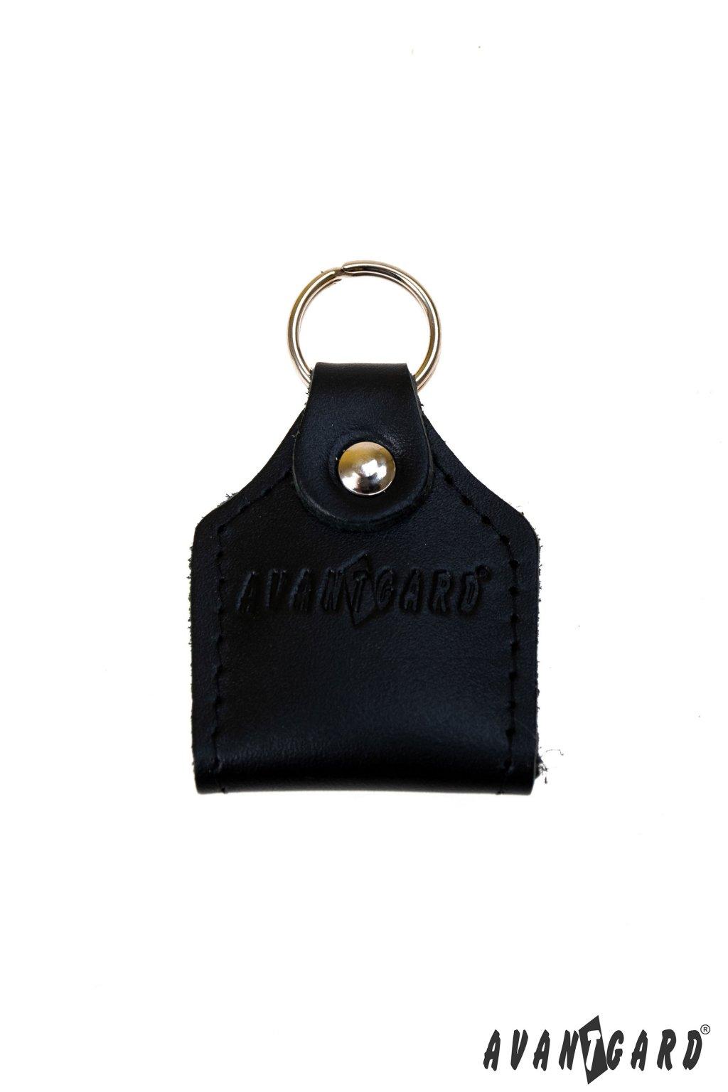 Černá kožená klíčenka s žetonem