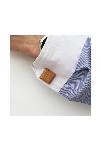 107675 drevene knoflicky elegance hruska