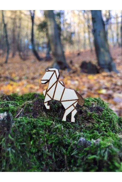 ČESKÁ ZVÍŘATA kůň