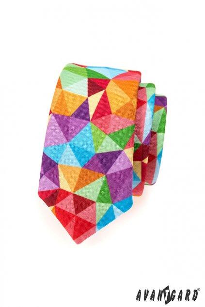 Barevná slim kravata – trojúhelníčkový vzor