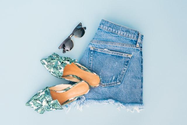 Kreativní tipy, co vytvořit ze starých džínů