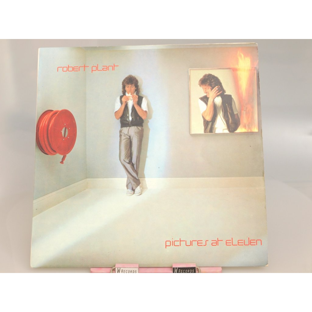 Robert Plant – Pictures At Eleven